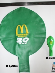 Ballons-publicitaires-géants-20-ans-McDonalds-Pamiers2