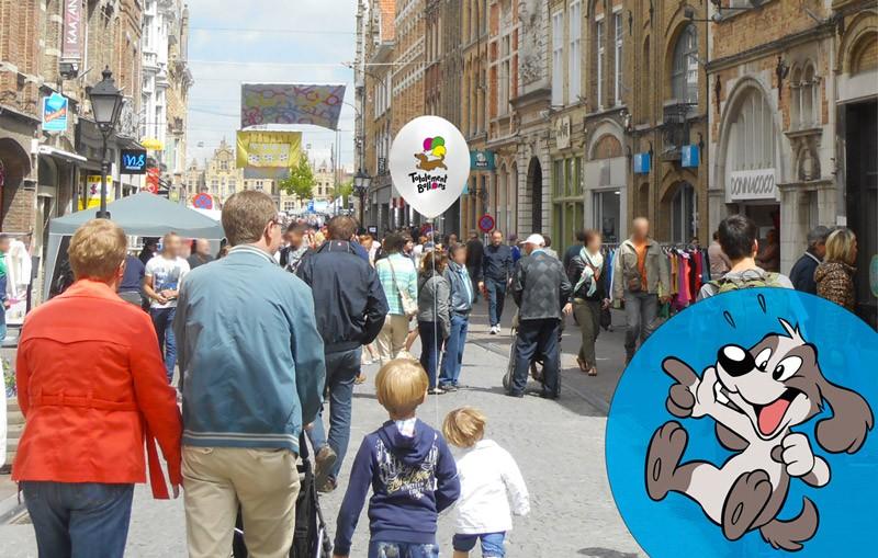 Ballon publicitaire dans la rue : effet waouh garanti